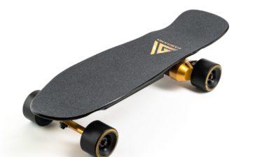 Electric skateboard